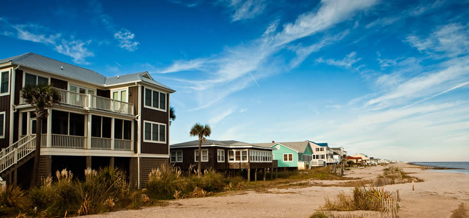Vacation rentals cabins beach houses condos and more for Cheap weekend vacations in the south
